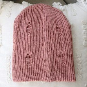 ⭑ Nordstrom David and Young Distressed Knit Beanie